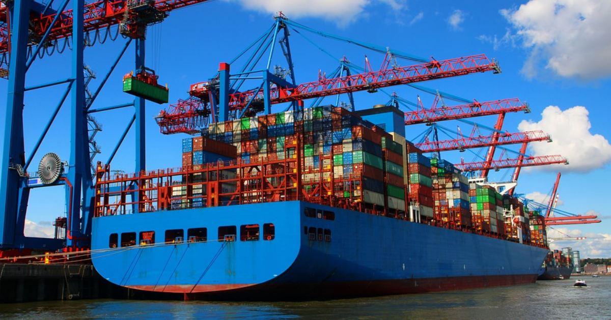 Falšované tovary sa prepravujú kontajnerovou dopravou